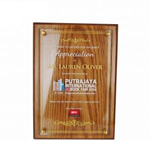 Crystal Wood Plaques CTCR3035 – Exclusive Wooden Crystal Plaque